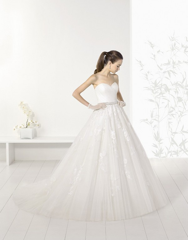Rochie de mireasa Josue, 750 euro