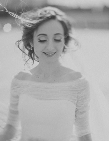 Crina, o aparitie romantica si diafana intr-o rochie de mireasa Bella Sposa