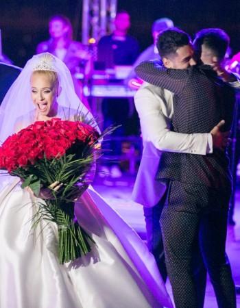 Anda Adam o mireasa Bella Sposa
